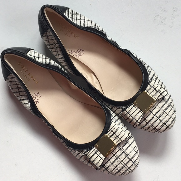 Cole Haan Shoes - NWOT Cole Haan leather flats